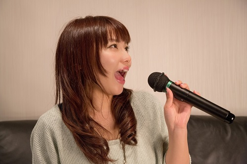 カラオケで歌いやすい曲ランキング